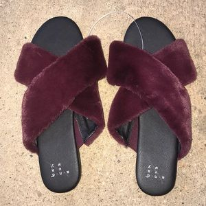 NWT A New Day burgundy fur slides
